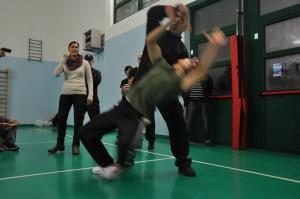 курсы женская самооборона